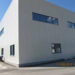 Доставка на високопрофилна покривна ламарина и фасадни панели за разширение на Хамбергер България -3