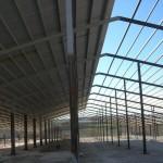 Доставка на покривни термопанели с фолио на кравеферма в с. Драгомъж-2