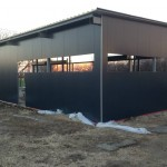 Доставка на покривни и фасадни термопанели за автосервиз в гр. Исперих