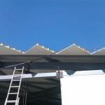 доставка на покривни, фасадни термопанели за производствено хале в ЗПЗ на гр. Варна